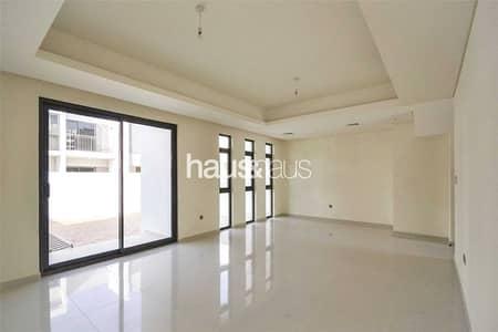 فیلا 3 غرف نوم للايجار في (أكويا أكسجين) داماك هيلز 2، دبي - R2-M | Large Kitchen | Large Living