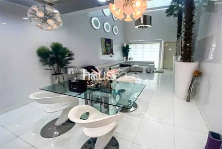 1 Bedroom Townhouse for Rent in Palm Jumeirah, Dubai - Unique and Luxurious | Well Furnished| Home Cinema