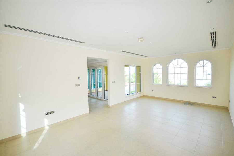 2 Available 3 weeks | Attractive location | Call now