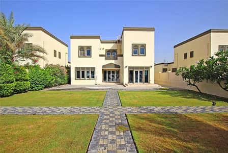 3 Bedroom Villa for Rent in Jumeirah Park, Dubai - Available 3 weeks | Attractive location | Call now