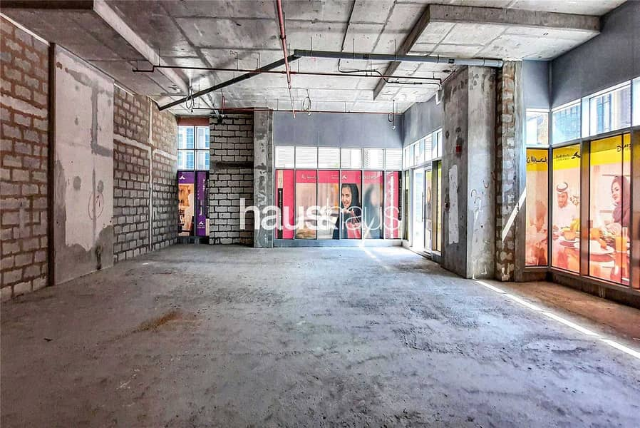 2 Full Road Exposure| Free Rent| From 120sq. ft w/ SC