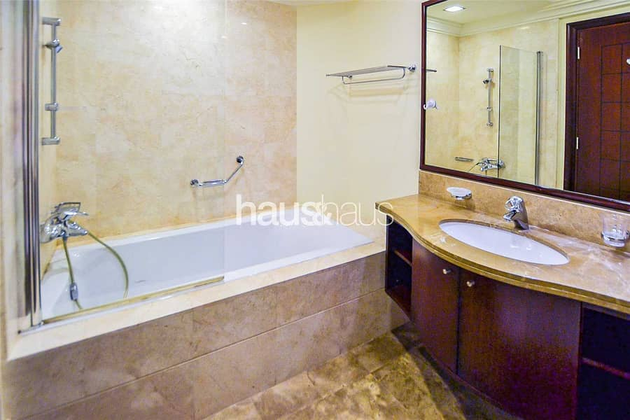9 11th June   Pool Beach Sea and View   Furnished