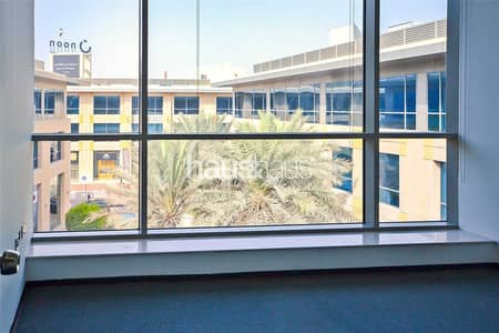 Office for Rent in Al Quoz, Dubai - Fitted Space   4 chqs   Central location