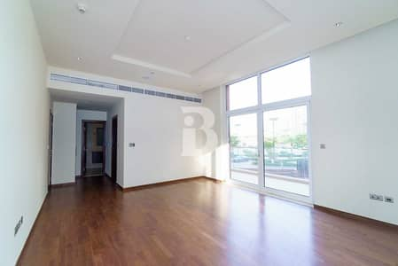 1 Bedroom Flat for Rent in Palm Jumeirah, Dubai - LAVISH BIG SIZE 1 BED WITH BEACH ACCESS