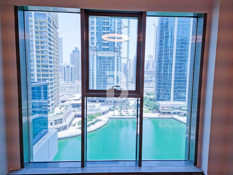 LUXURY NEW 1BED APARTMENT WITH LAKE VIEW