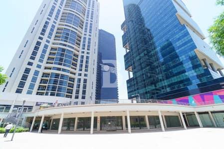محل تجاري  للايجار في أبراج بحيرات الجميرا، دبي - Large retail | Cluster Y | Lake view | 200 KW