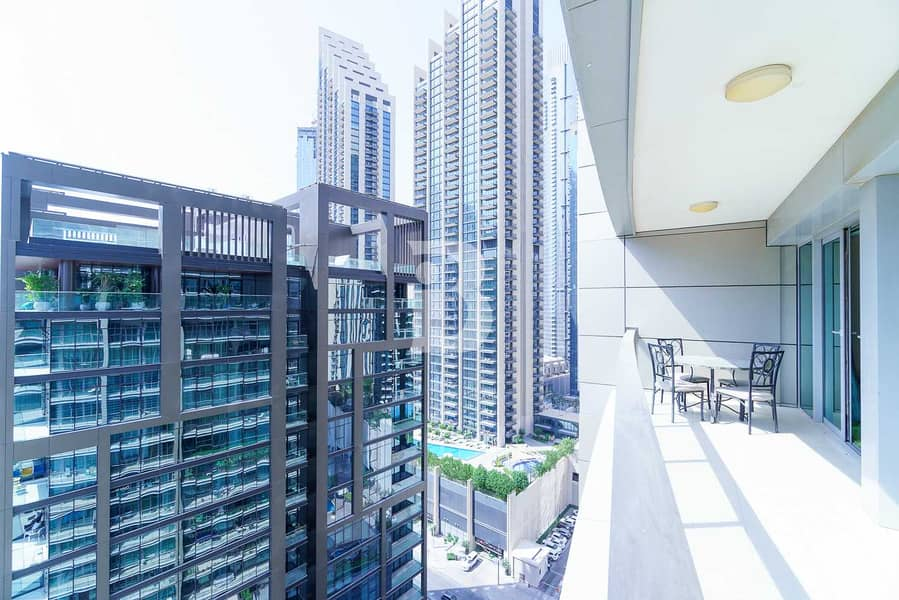 21 BRIGHT LAYOUT | LARGE AREA| SPACIOUS BALCONY