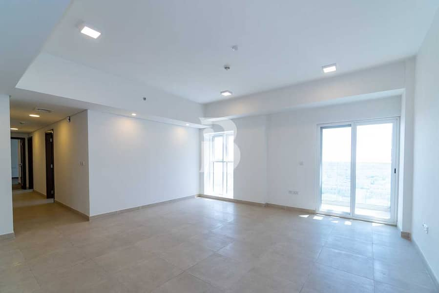 2 3BHK/Maid Room/Store Room/Closed Kitchen/Pool View