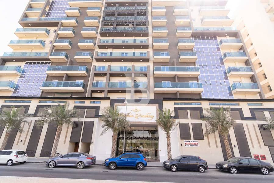 28 3BHK/Maid Room/Store Room/Closed Kitchen/Pool View