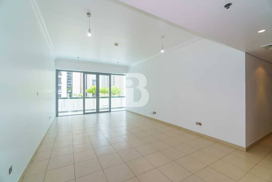 2 BRIGHT LAYOUT | LARGE AREA| SPACIOUS BALCONY