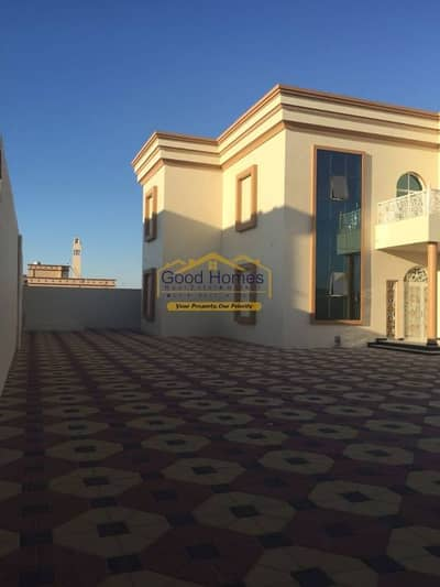 Brand New Villa 4 Br with 2 Majlis in very good location in Umm Al Quwain