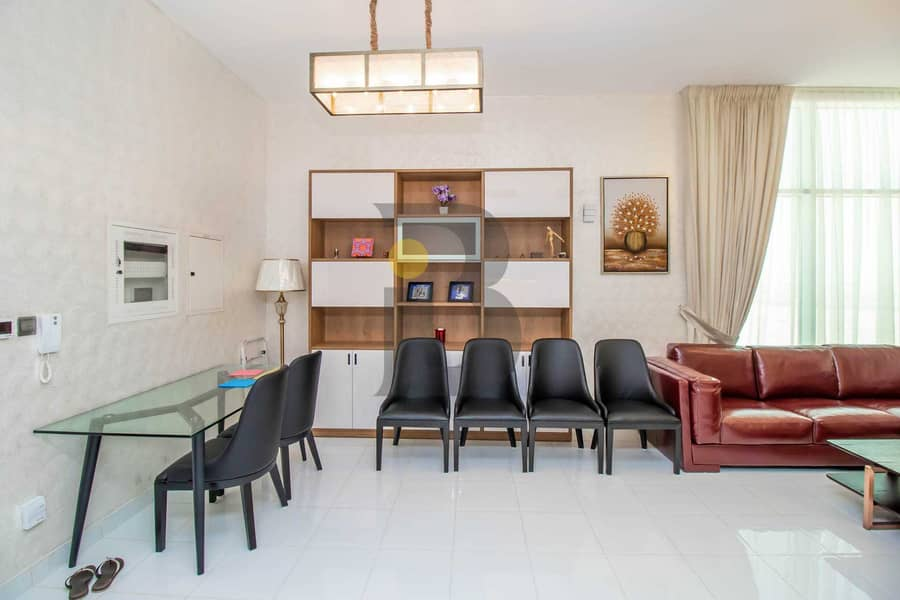 2 fully furnished 2BR with a grate view over the gardens