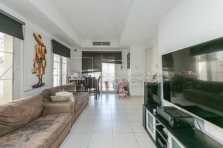 فیلا 2 غرفة نوم للايجار في الينابيع، دبي - 4E - Close To Lake - Ready & Available May 1st