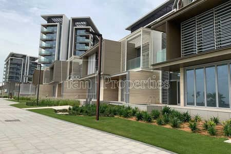 4 Bedroom Townhouse for Rent in Bluewaters Island, Dubai - TownHouse 4 Bed-Maid| Full Sea View