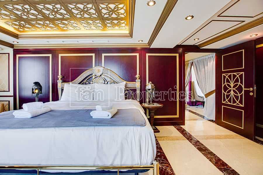 Sea & Dubai Eye View   Fully upgraded 3 Beds Loft