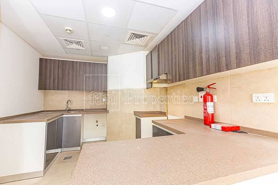 1 Bed+Store - Near Metro - 2 Car Parks