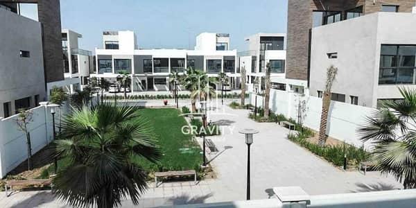 تاون هاوس 3 غرف نوم للبيع في شارع السلام، أبوظبي - The Most Affordable Luxurious Townhouse in Faya