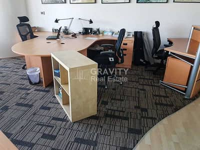 مکتب  للايجار في جزيرة الريم، أبوظبي - Spacious Fitted Office W/ Furniture | Inquire Now