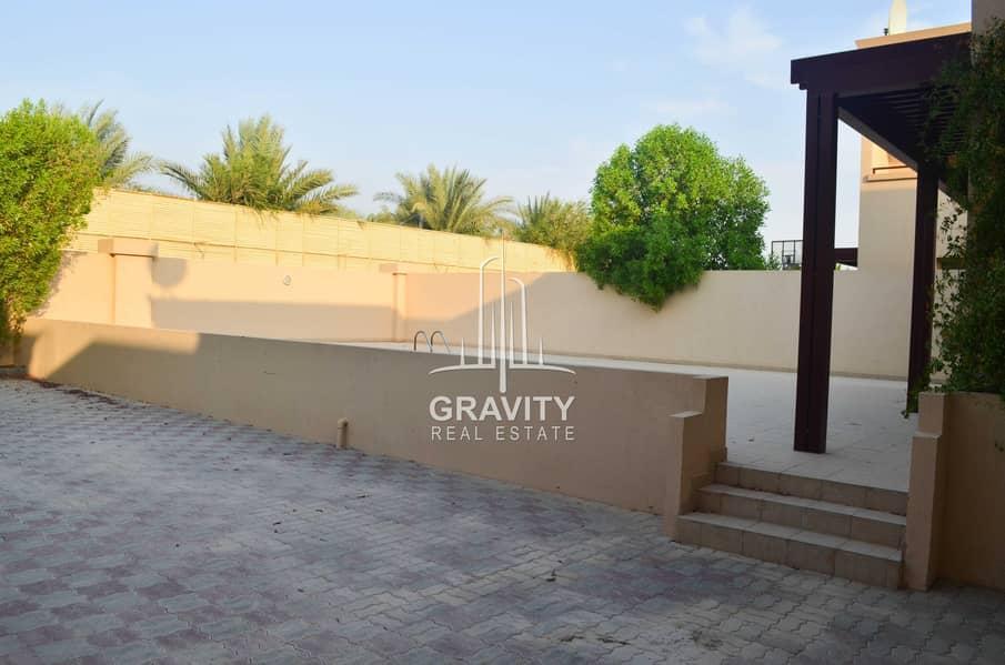 18 Vacant Now   Exquisite Villa   Inquire Now