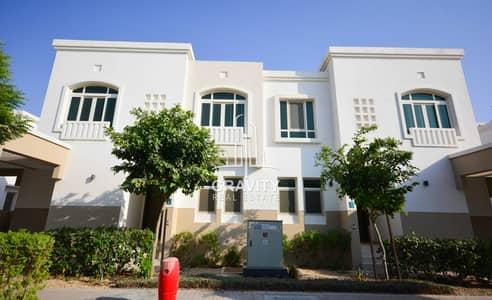 3 Bedroom Villa for Sale in Al Ghadeer, Abu Dhabi - Waterfall Park View – Waterfall  - Vacant Soon