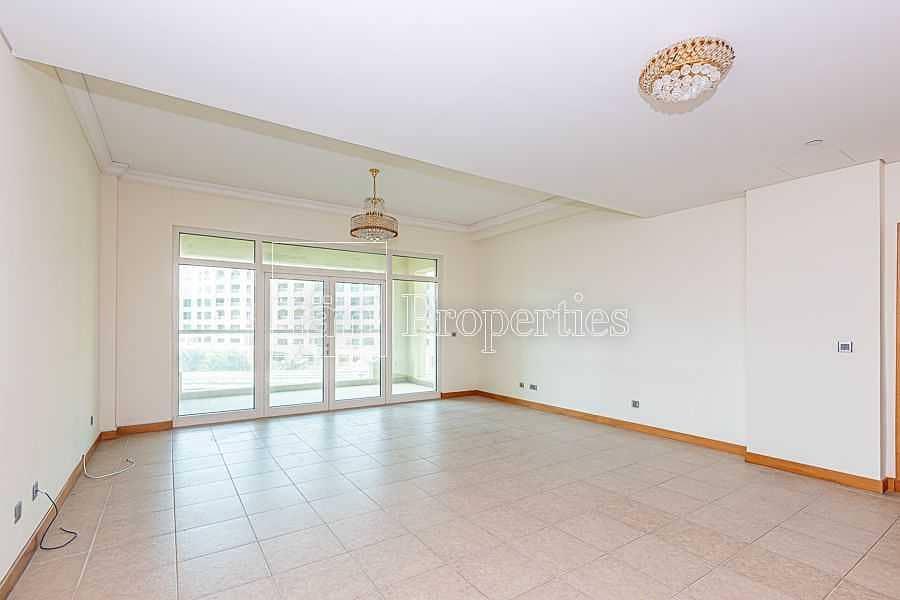 2 1 BDR | Park View |  Mid Floor | Quite & Bright