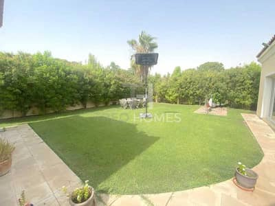 فیلا 4 غرف نوم للبيع في جرين كوميونيتي، دبي - Close to Pool | Large Garden | Call to View
