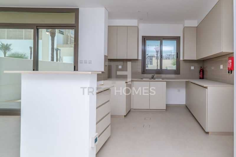 2 Fantastic Large and Affordable Townhouse