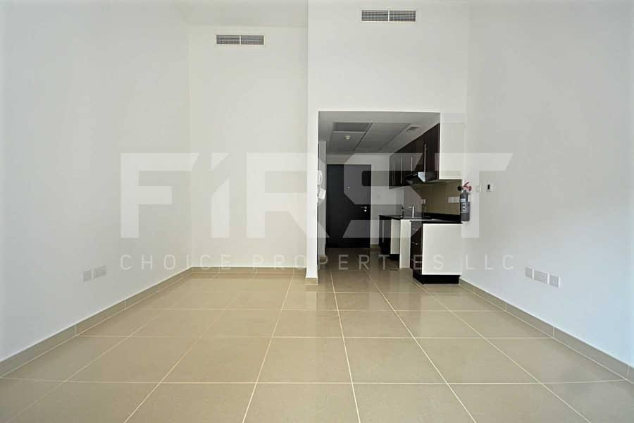 2 Ground Floor Apartment   With Rent Refund.