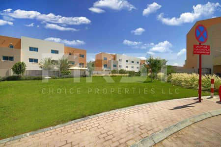 5 Bedroom Villa for Sale in Al Reef, Abu Dhabi - Take the chance to own this unit | Call us