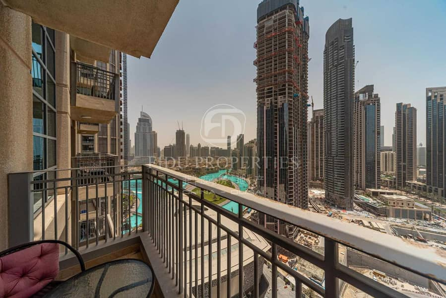 2 Partial Fountain View |Well Maintained Bright Unit