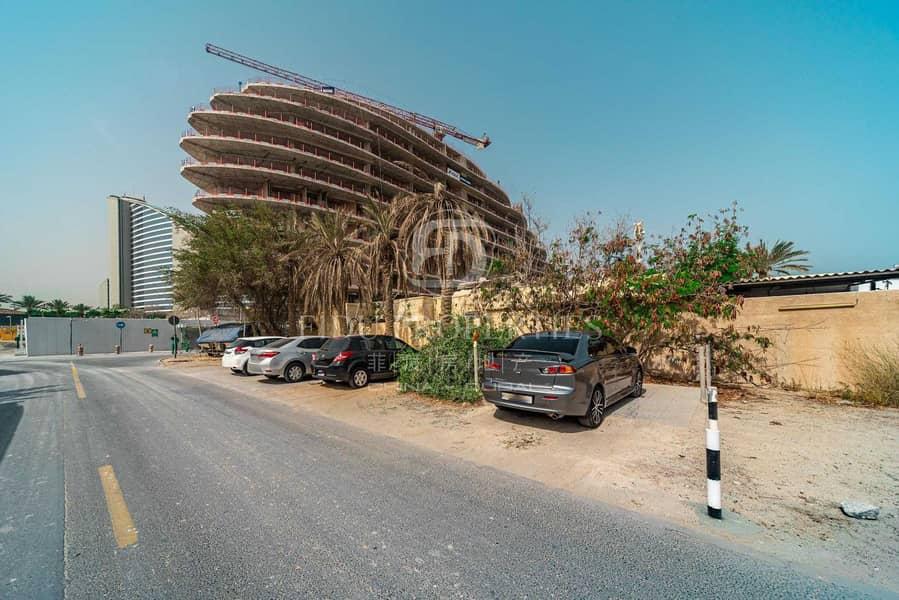 2 Prime Corner Plot In Front Of The New Marsa Dubai