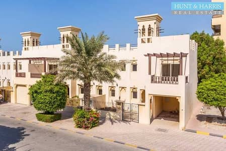 4 Bedroom Townhouse for Sale in Al Hamra Village, Ras Al Khaimah - With Private Garden - 4 Bedroom Townhouse