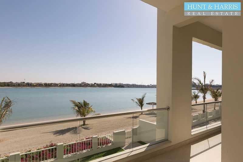 2 Beach Front   Stunning Five Bedroom Villa  + Maid + Driver room