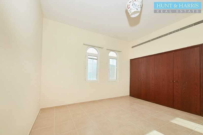 2 Amazing Deal - Lagoon View - Two Bedroom Apartment