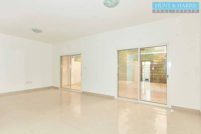 2 Premium Property - Ready To Move Into - Family Community