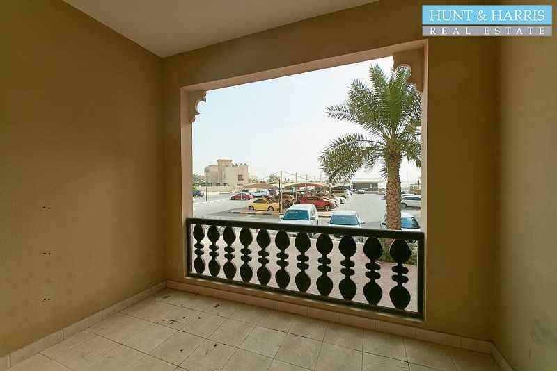 12 Amazing Value - Al Hamra Village - Marina Apartment