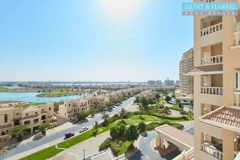 20 Amazing Deal - Lagoon View - Two Bedroom Apartment