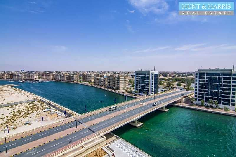 Brand New - 1 Bedroom Apartment with Beautiful Lagoon View