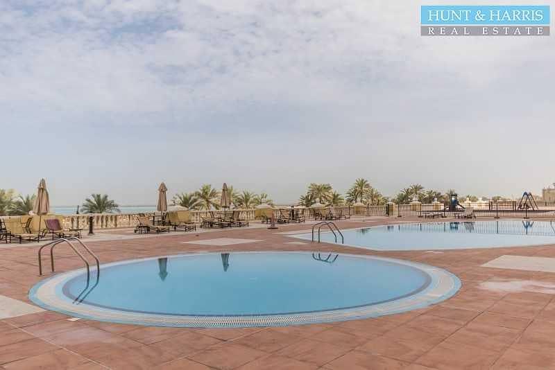 15 Convenient Location - Ground Floor - Big Balcony - Vacant