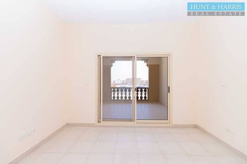2 One Bedroom - Great Lagoon View - Largest Balcony