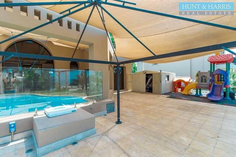 25 Beautifully Modified Villa - Open Kitchen - Private Pool