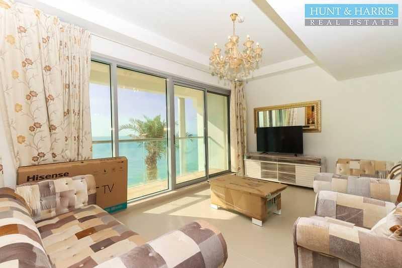 2 Sea Facing Duplex - Two Bedroom - Great Location