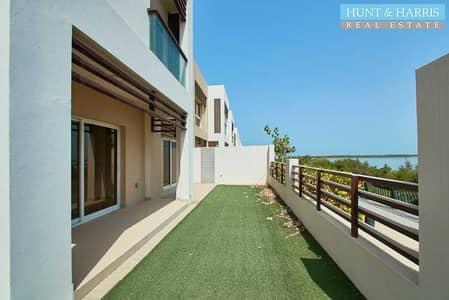 تاون هاوس 3 غرف نوم للبيع في میناء العرب، رأس الخيمة - Beautiful Lake View  Prime Location   Title Deed available