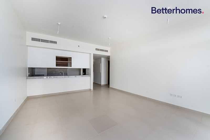 2 Pool view |Tenanted Jan 2021| Semi Closed Kitchen