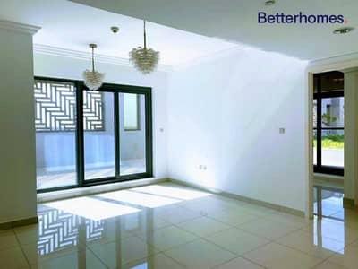 شقة 1 غرفة نوم للبيع في الخليج التجاري، دبي - Spacious Unit with Terrace   Well Priced