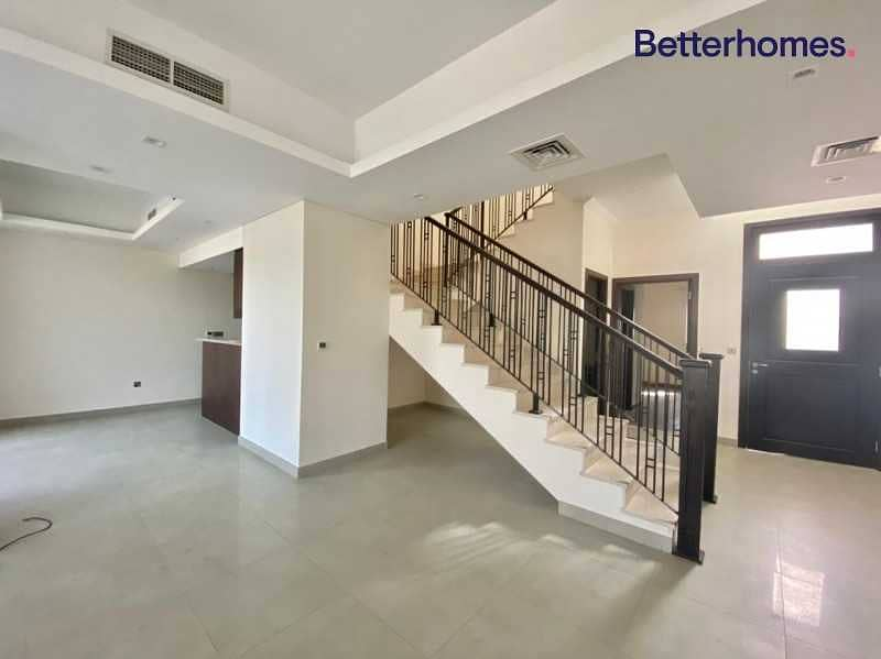 2 Vacant |Brand New| Park Facing|Kitchen extended