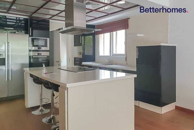 2 TYPE 7 | FULLY RENOVATED | PRIVATE POOL | VACANT