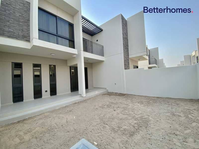 Furnished   Ready to Move in   Big Terrace