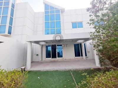 4 Bedroom Villa for Rent in Dubai Media City, Dubai - Extremely Impressive Ready To Move 4-BR In Media City
