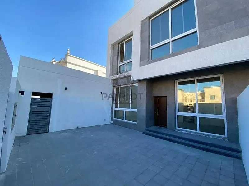 17 Spacious New 4BR With Maid Room Semi Independent villa Closed to Beach